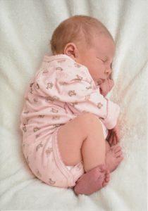 baby-2242635_1920-210x300