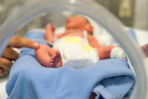 Newborn addicted to opioids suffering from NAS