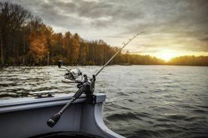 fishing-boat-5541327_1280-300x200